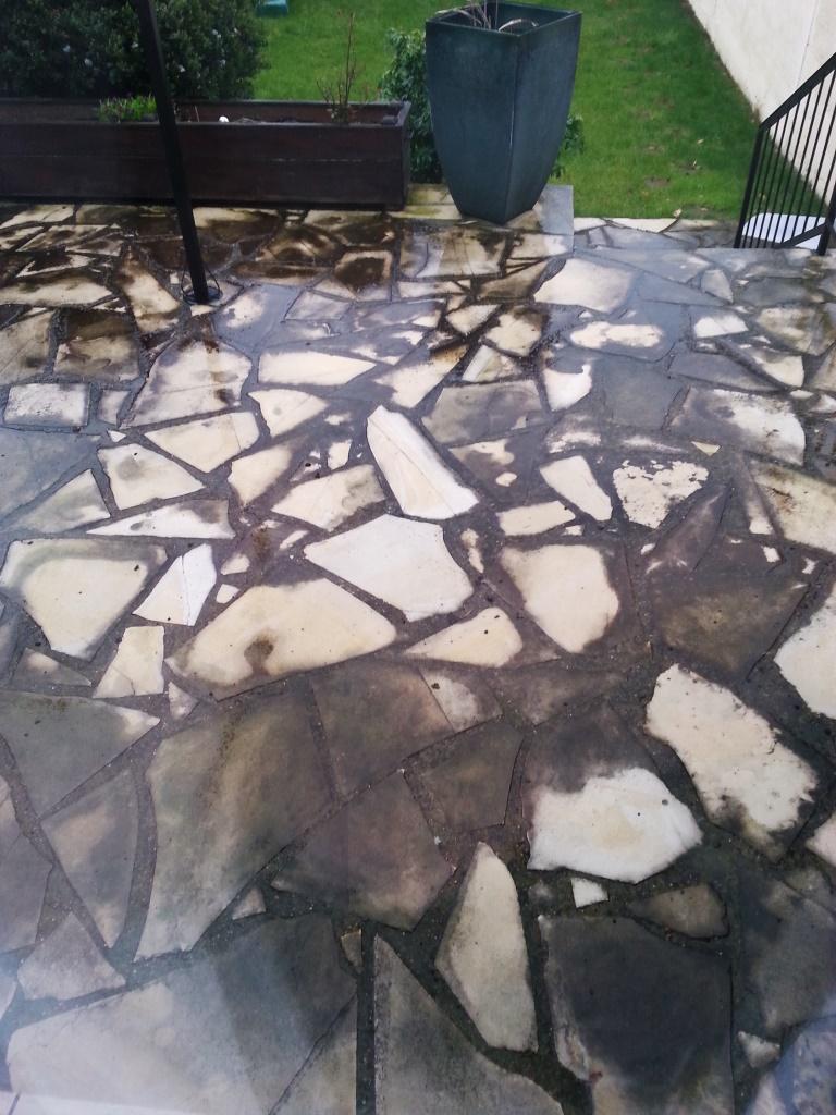 Comment Nettoyer Terrasse Pierre Naturelle nettoyage terrasse noircie - communauté leroy merlin