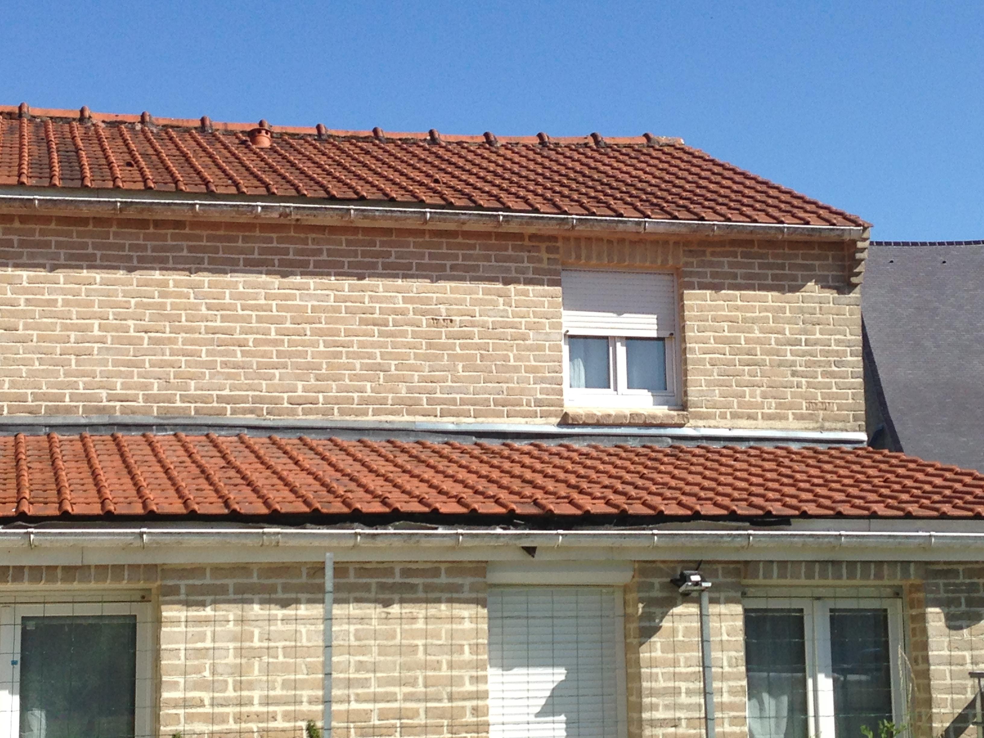 Re: Infiltrations toiture tuiles pente faible - Communauté Leroy Merlin