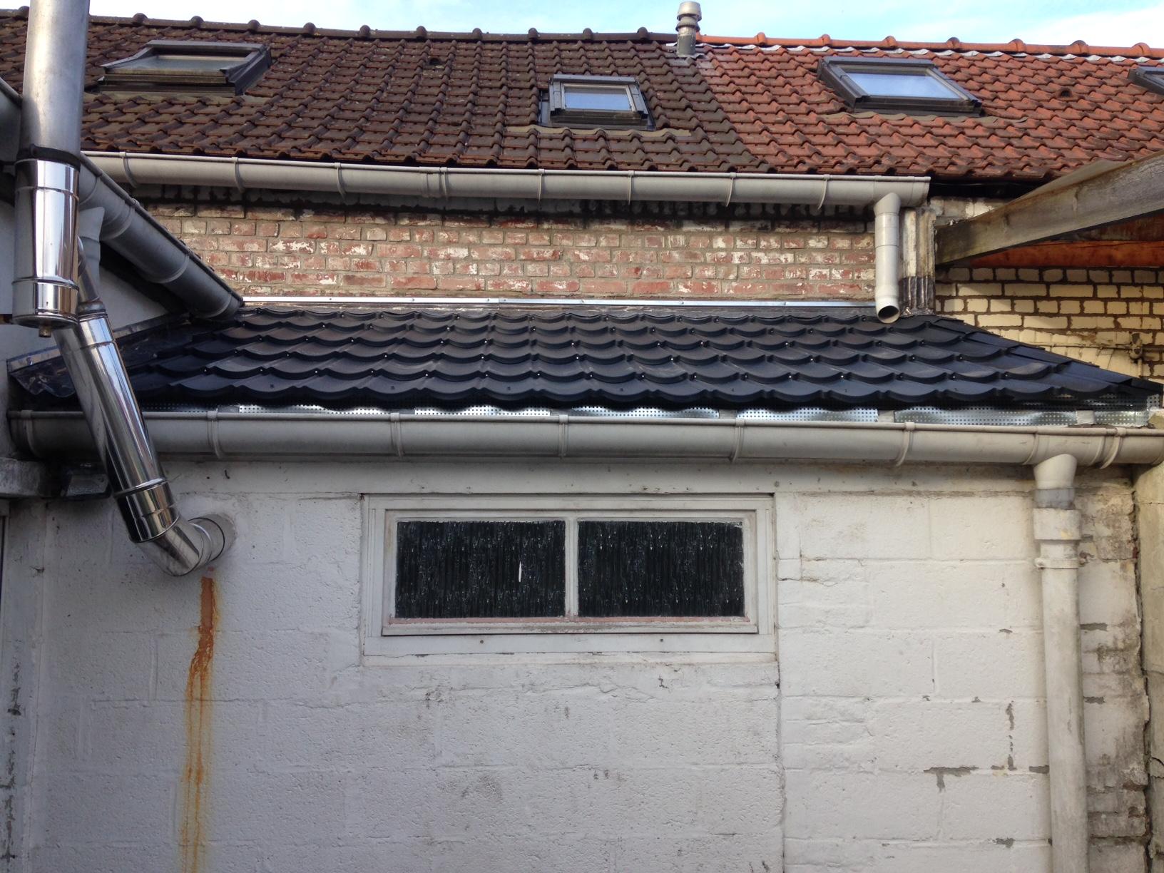 Résolu : Conseils pour finition d'une toiture (solins ...