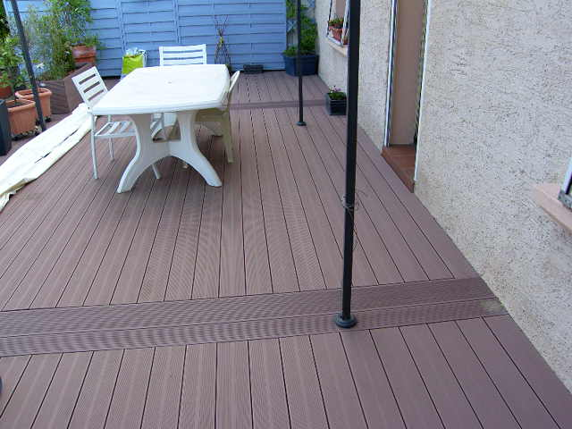 Kinderzimmers terrasse composite dalle photo vu sur castorama fr - Dalles terrasse composite ...