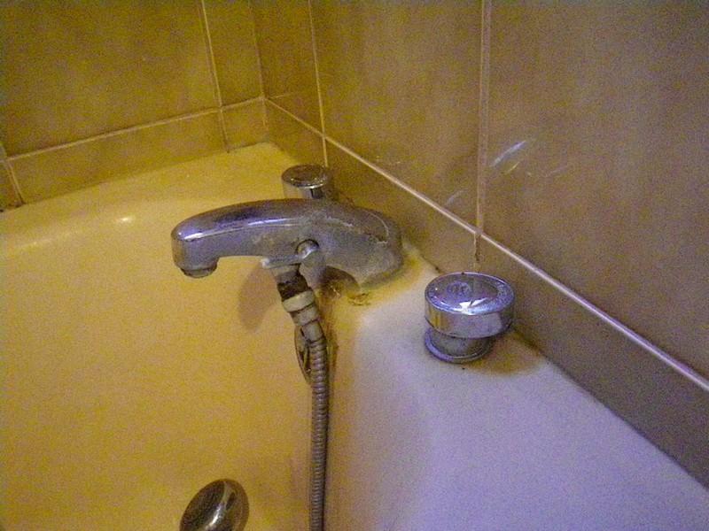 D montage robinetterie ancienne baignoire communaut - Mitigeur thermostatique salle de bain ...