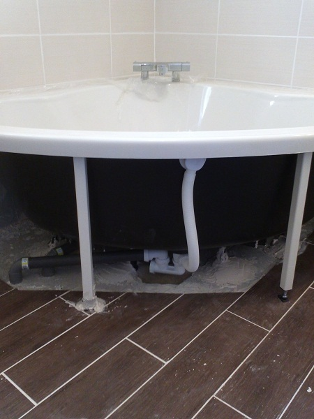 Installation D Une Baignoire D Angle Purity Communaute Leroy Merlin