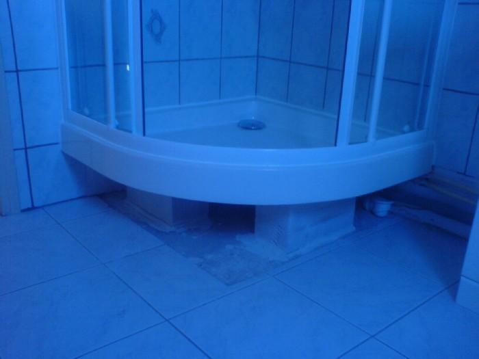 Amenager sous un bac a douche sur l v communaut leroy merlin - Bac a douche sureleve ...