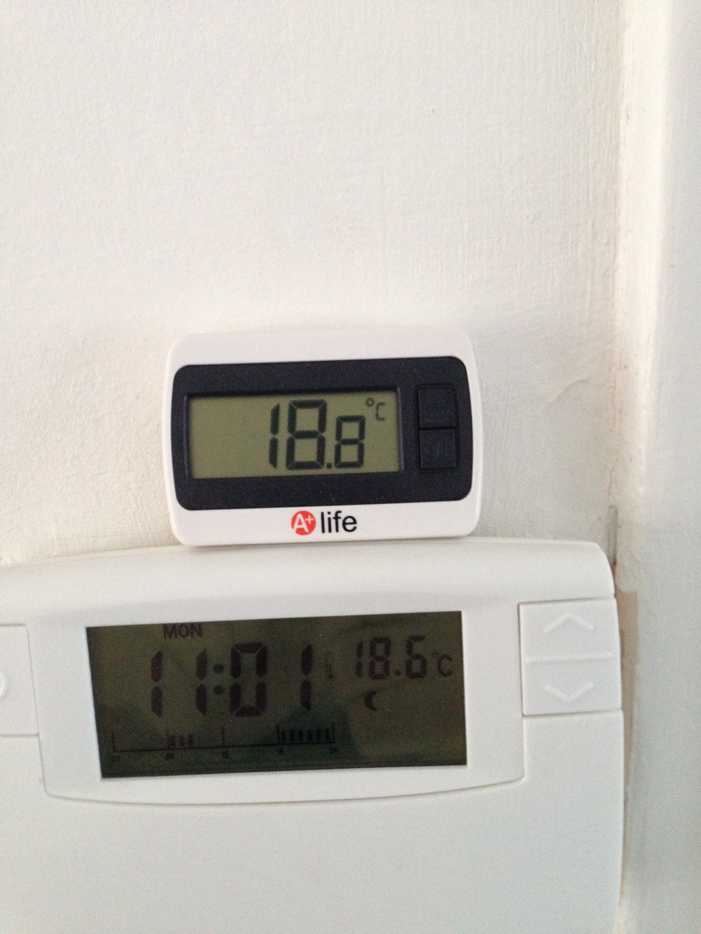 Re probleme de thermostat d 39 ambiance forum d 39 entraide - Thermostat leroy merlin ...