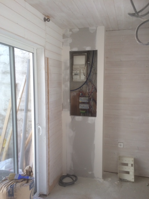 comment fermer un placard en ba13 communaut leroy merlin. Black Bedroom Furniture Sets. Home Design Ideas