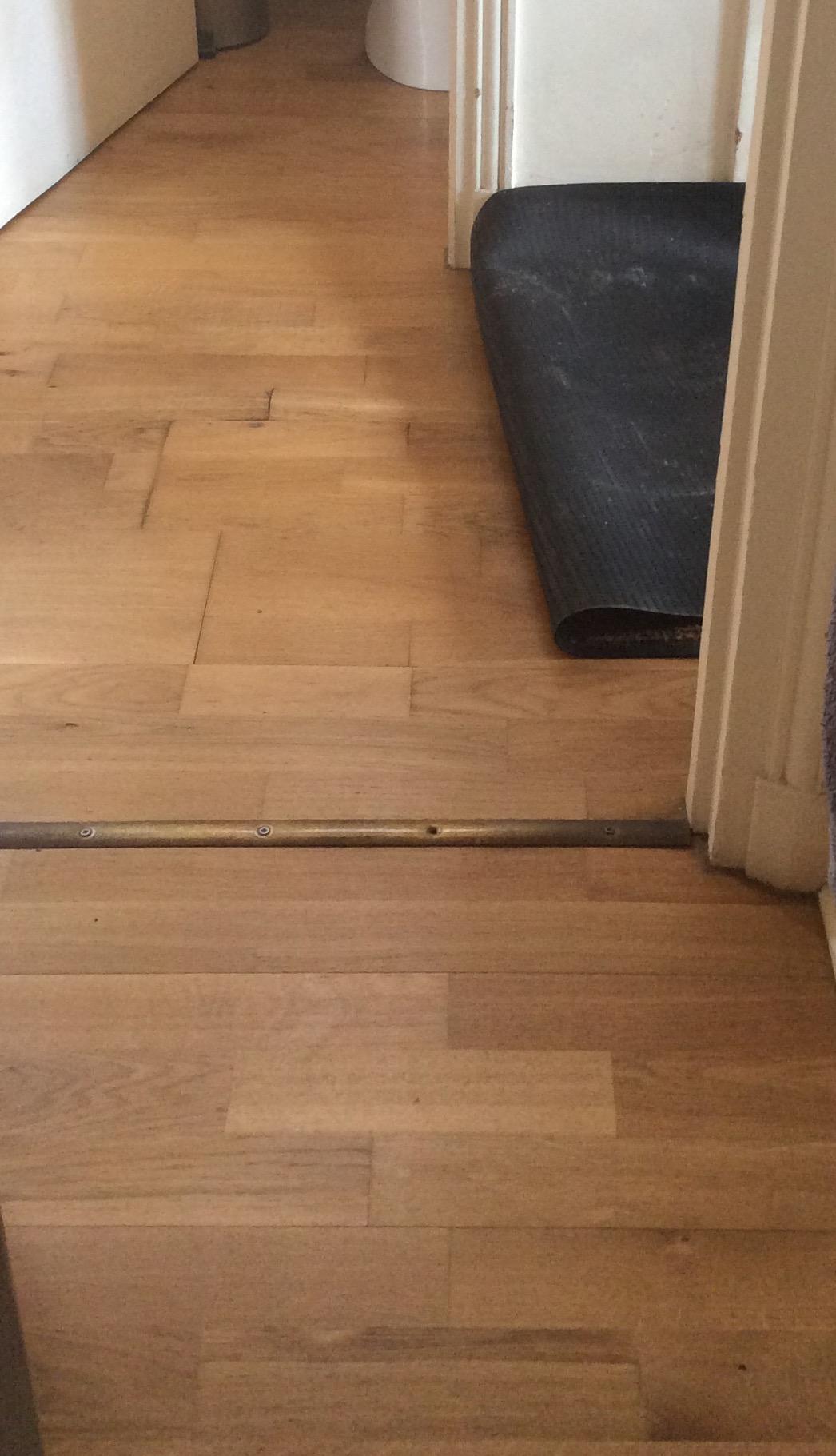 re comment changer un lino qui a gondol communaut leroy merlin. Black Bedroom Furniture Sets. Home Design Ideas