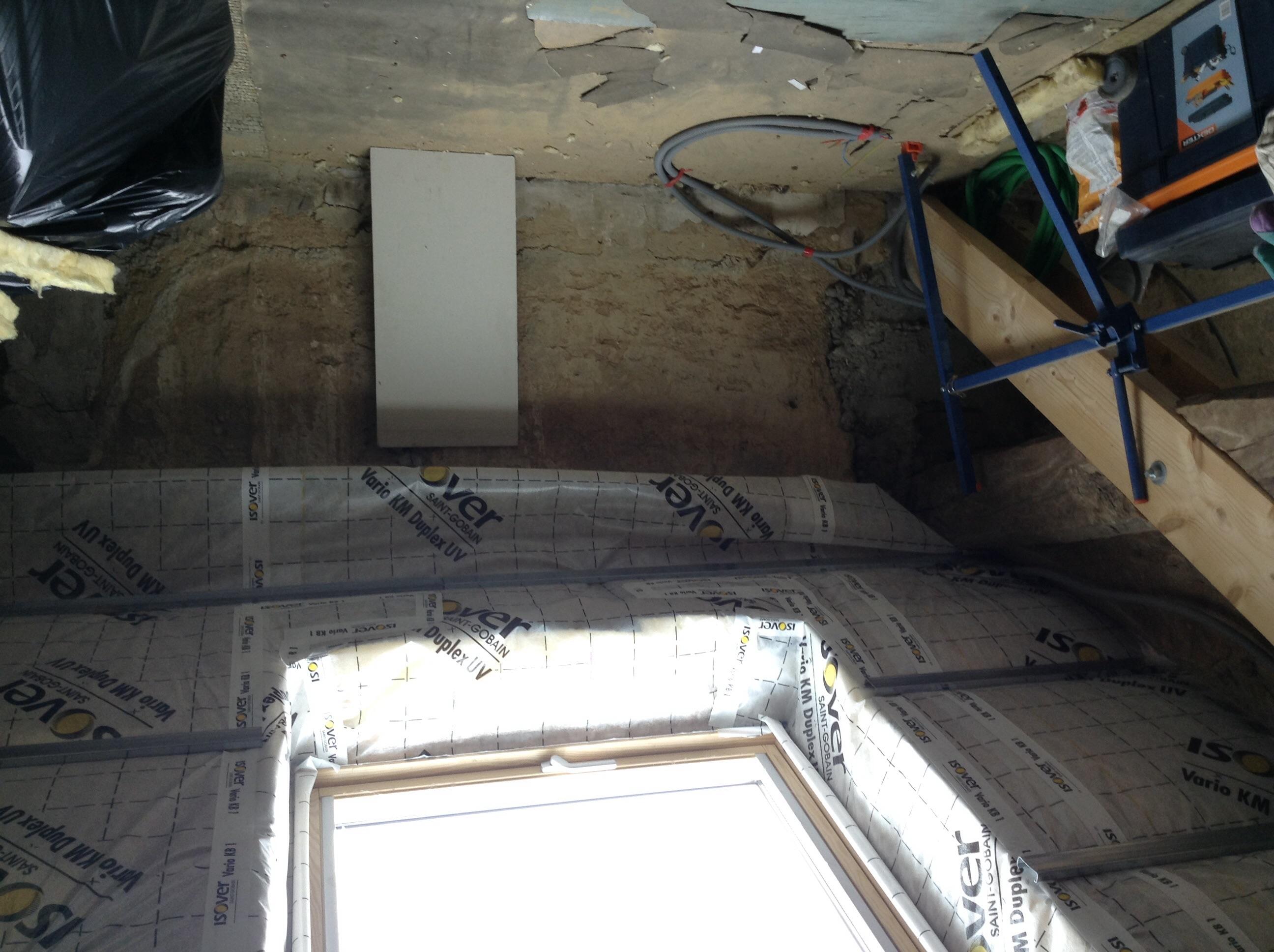 isolation pieds droits dans les combles communaut leroy merlin. Black Bedroom Furniture Sets. Home Design Ideas