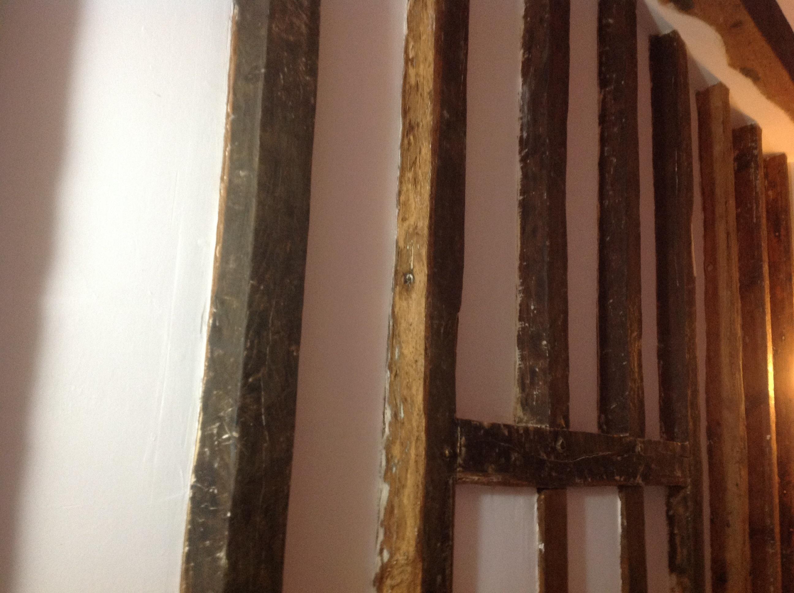 Cherche solution pour peindre des poutres enduite - Huile de lin leroy merlin ...