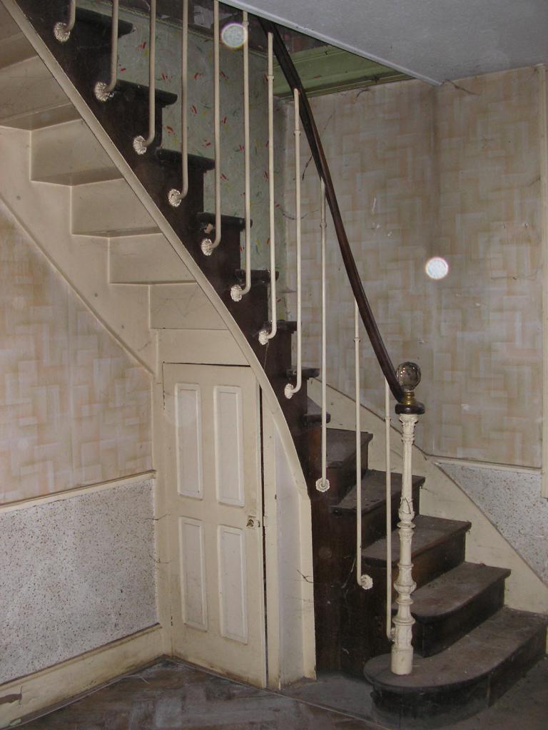 escaliers-lun-deux-idees-de-design-meilleur-de-escalier-ancien-of-escalier-ancien.jpeg